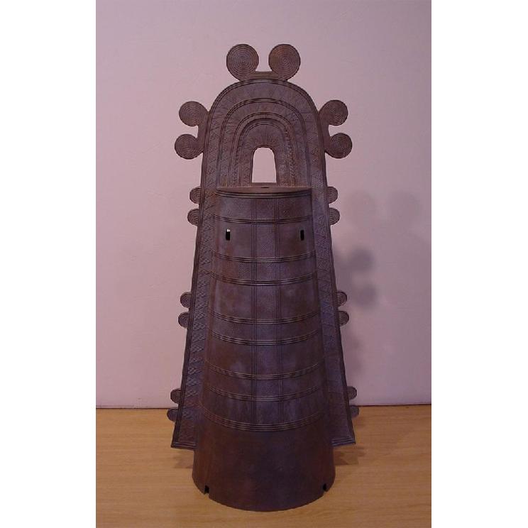 石山形復元銅鐸